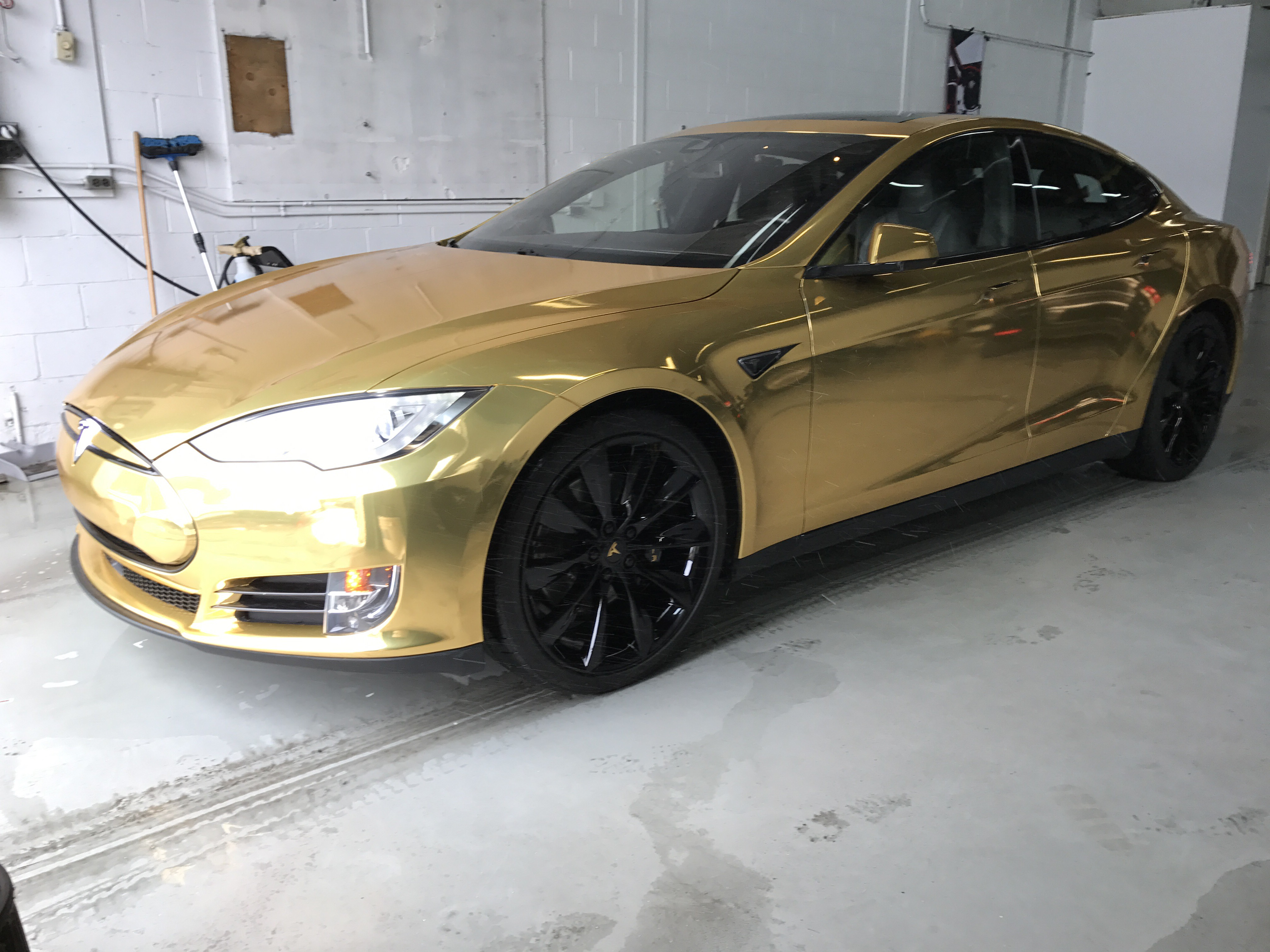 Toyota Chr together with Tesla Model S Gold 3328 as well Supercar Made From Metal Foam Inferno Exotic Car Adv 1 Wheels further 2017 Chevrolet Volt Gets Minor Updates together with I Tried The Tesla Model 3 Heres What You Need To Know 01434373. on tesla model 3 2016 colors