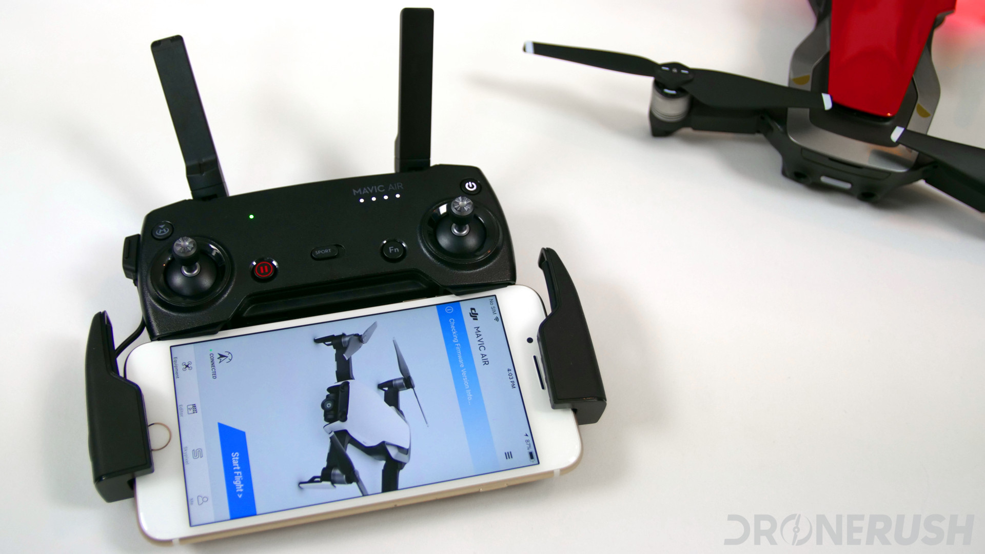 DJI Mavic Air review remote DJI GO 4 start - DroneRush